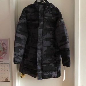 NWT Calvin Klein water resistant long puff…